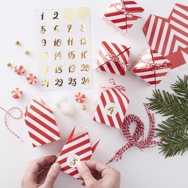 adventskalender-red-gold