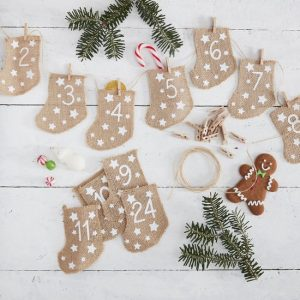 kerstversiering-adventskalender-hessian-stockings-let-it-snow-2