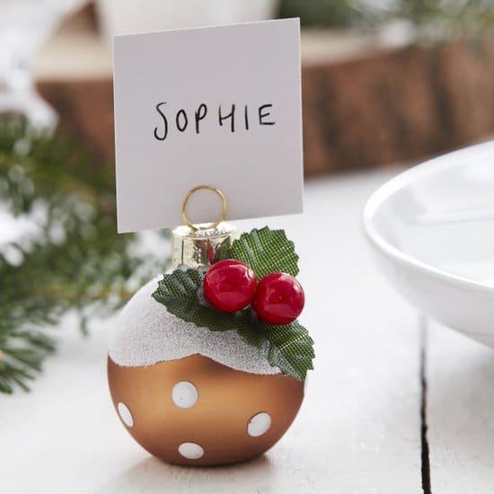 kerstversiering-plaatskaarthouders-christmas-pudding-let-it-snow