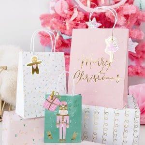 kerstversiering-inpakpapier-pink-christmas-3
