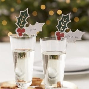 kerstversiering-glasdecoratie-holly-berries-traditional-touches-2