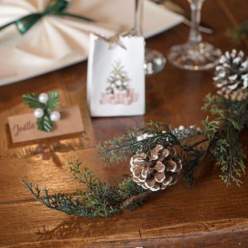 kerstversiering-houten-decoratie-holly-branch