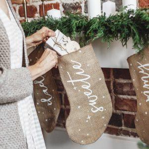 kerstversiering-kerstsok-sweetie-burlap-white