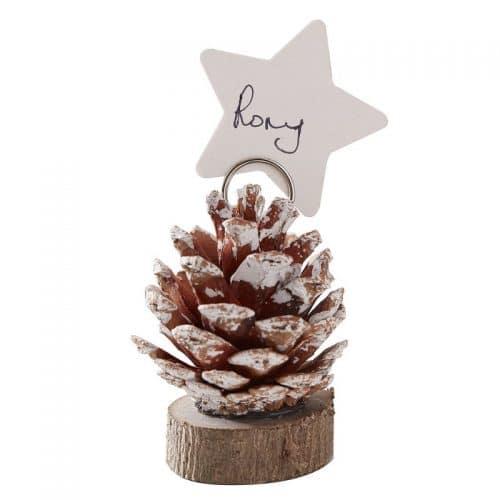 kerstversiering-plaatskaarthouders-pinecone-snow-place-like-home