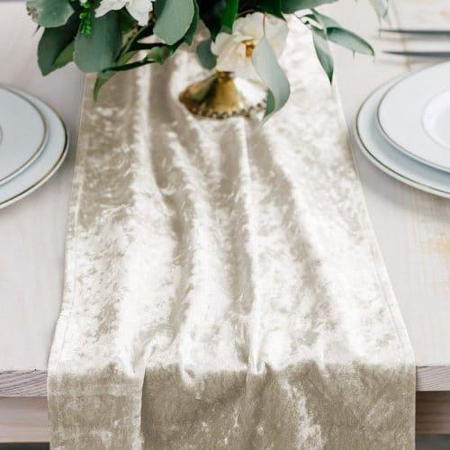 kerstversiering-velvet-tafelloper-ivory-white-2