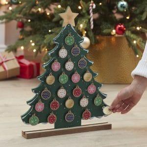 kerstversiering-adventskalender-christmas-tree-merry-everything-3