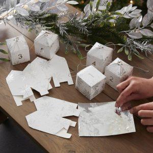 kerstversiering-adventskalender-snowflake-boxes-season-for-silver-2