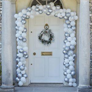 kerstversiering-deurkit-ballonnen-silver-white-season-for-silver-2