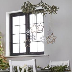 kerstversiering-hangende-decoratie-wooden-stars-misletoe-nordic-noel-2
