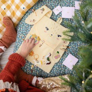 kerstversiering-adventskalender-rabbit-organizer-gevuld (3)